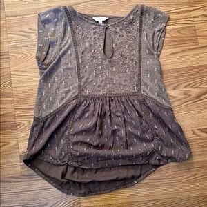 Lucky Brand brown and white designed blouse